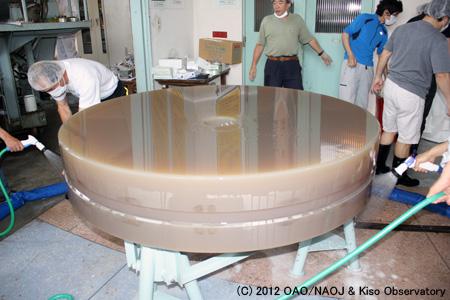木曽シュミット鏡鏡材