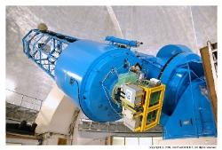 188cm望遠鏡のカセグレン焦点に装着されたISLE